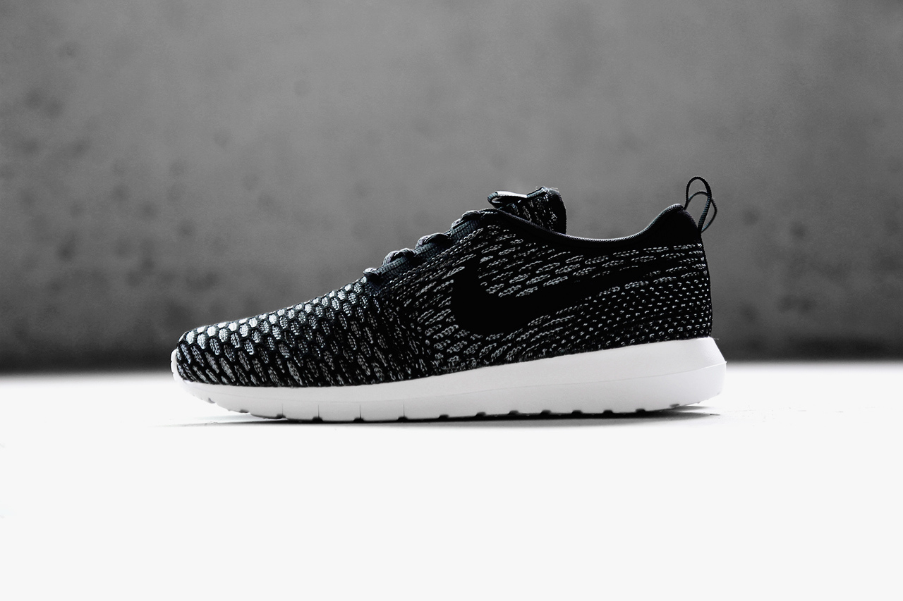 limited edition nike roshe run